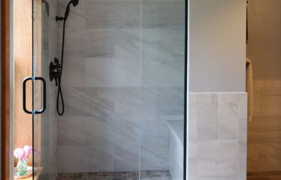 Quartz Shower Curb